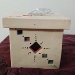 Boîte avec couvercle et cœur métal - H 10 x L 10 : 14 €