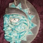 Sculpture gravure soleil inca émaillé H 24 cm x L 16 cm : 50 €